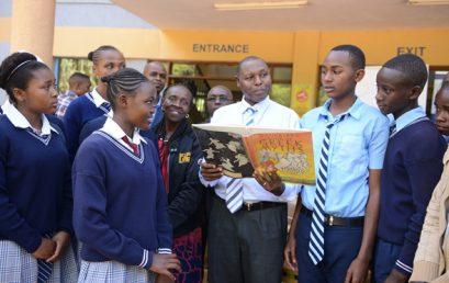 Varsity donates books to schools